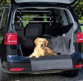 Автомобильная подстилка в багажник для собак Trixie TX-1314